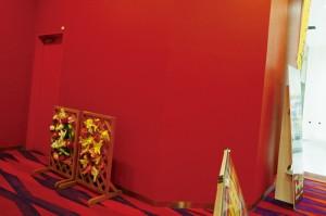 デザイン 広告 集客 満足 女性 アイキャンディ 八王子 西八王子 女性100% 風除室 女子トイレ 通路 パチンコ 入口